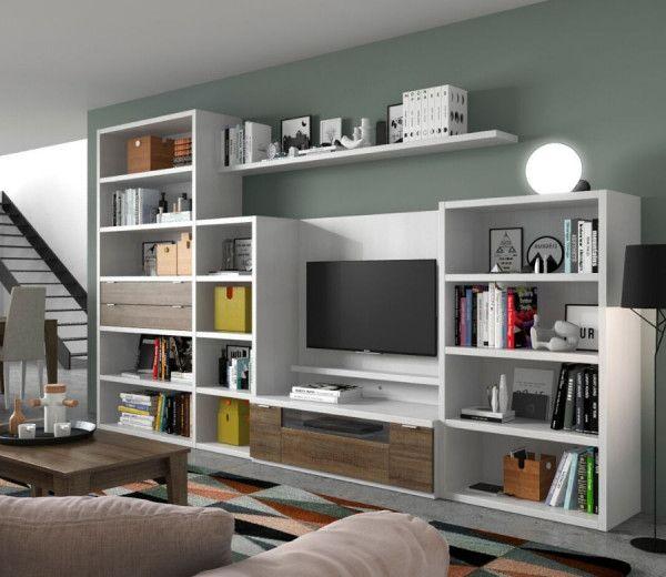 bibliothèque sur mesure intégrée à un salon avec meuble TV et étagères