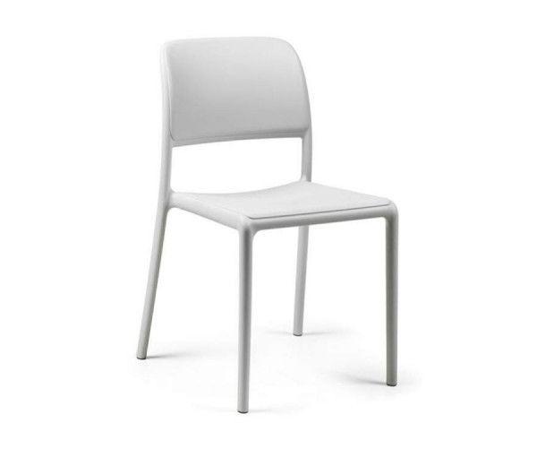 Chaise résistante et sobre intérieur-extérieur Riva blanche polypropylène Nardi