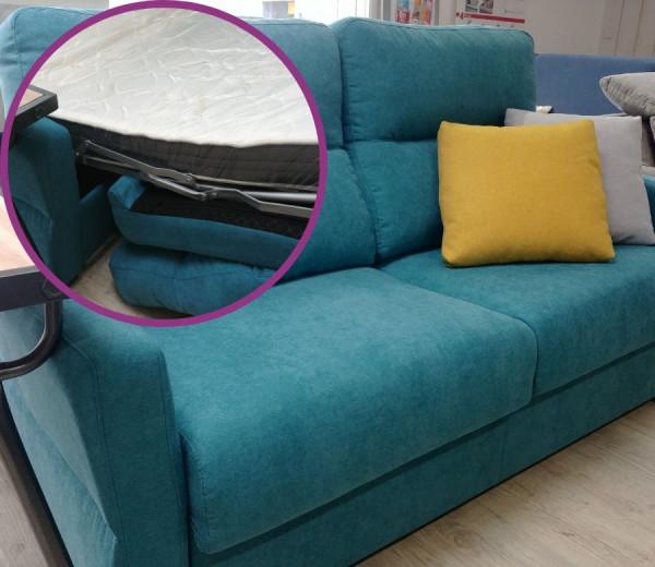 canapé-lit espagnol BLEU TURQUOISE GREY Confort par Frances Banon à essayer chez Mareco Sarzeau